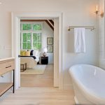 The Farmhouses Masterbath